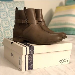 Roxy Leather Boots